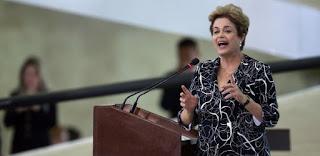 """Após decisão da Câmara de anular impeachment, Dilma pede """"cautela"""""""