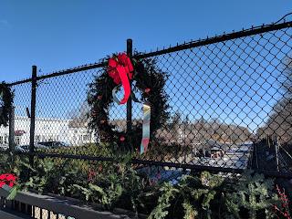 Help decorate downtown Franklin - Nov. 24