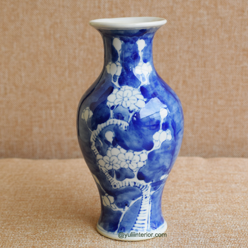Blue Ceramic Decorative Vase in Port Harcourt, Nigeria