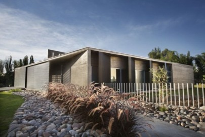 casa linda Casas modernas com um arranjo minimalista de elementos