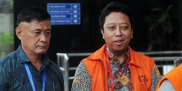 Romahurmuziy Sebut Presiden Jokowi Ahli Sedekah