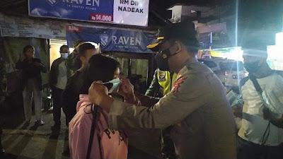 Tegakkan PPKM Mikro, Kapolres Samosir Pimpin Patroli Skala Besar TNI-POLRI