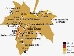 A imagem mostra o mapa numa folha de plátano o da rota romântica da Sera Gaucha.
