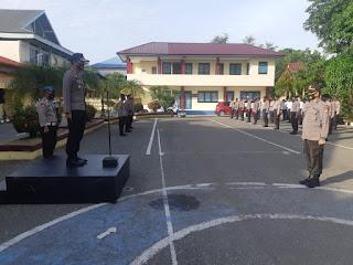 Kapolres Pangkep Pimpin Upacara Kenaikan Pangkat Pengabdian Kepada H. Syamsuddin