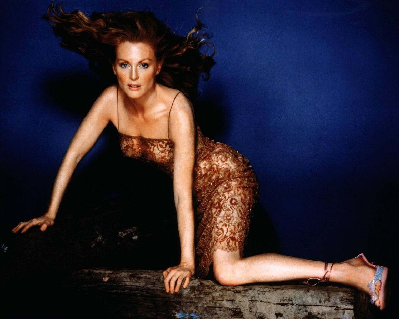 Julianne moore hot images