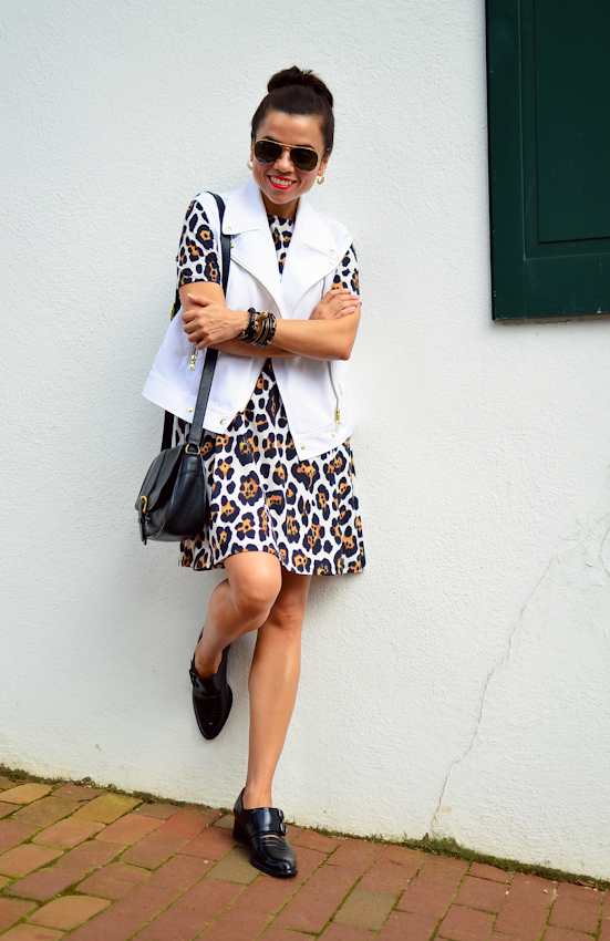 How to wear a leopard dress