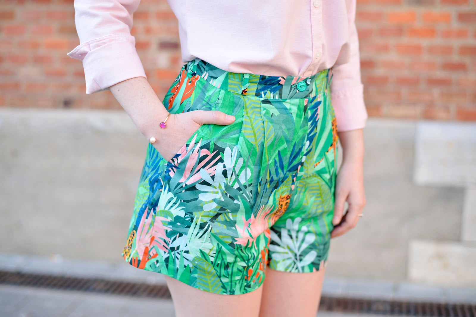 jungle print shorts des petits hauts spring easter outfit fashion blogger