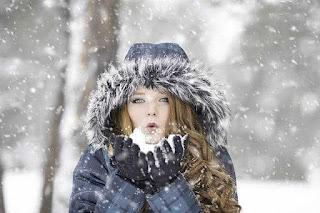 مشاكل البشرة في الشتاء،الحفاظ على البشرة في الشتاء،التهاب الوجه في الشتاء،العناية بالبشرة الدهنية في الشتاء.