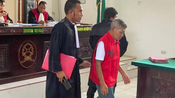 Kala Bridgestone Pidanakan Kakek Samirin yang Ambil Getah Karet Rp 17 Ribu