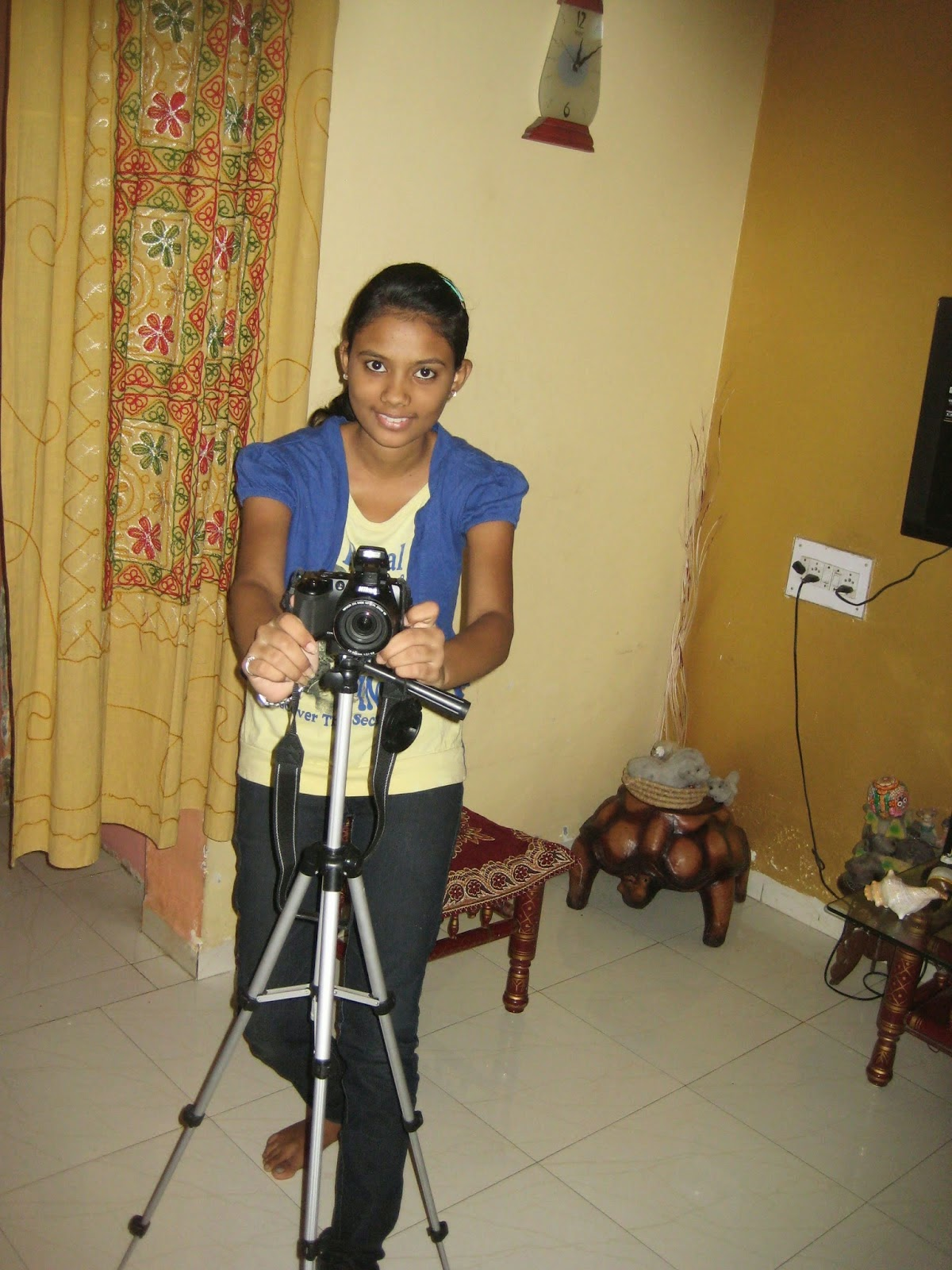Best Youngest Woman Photographer Aviation News Editor in