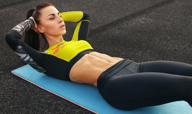 Cara Sit Up yang Baik dan Benar Beserta Manfaat dan Variasinya