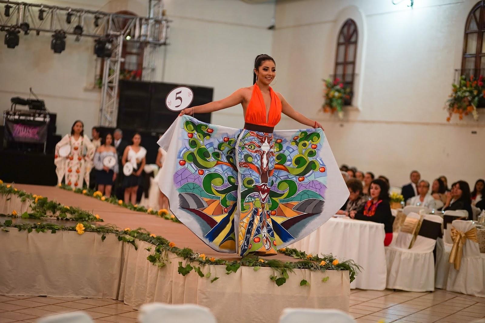 El Baile del Percal forma parte de los festejos de la Gran Feria de la Manzana