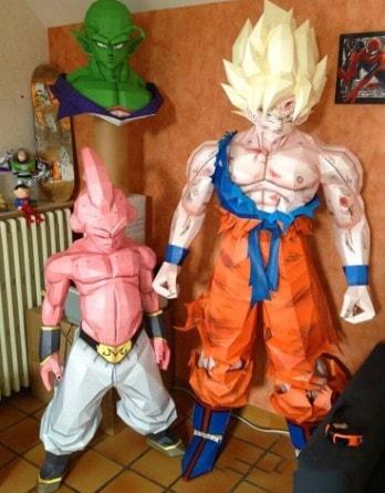 figura de tamaño real de boo y goku