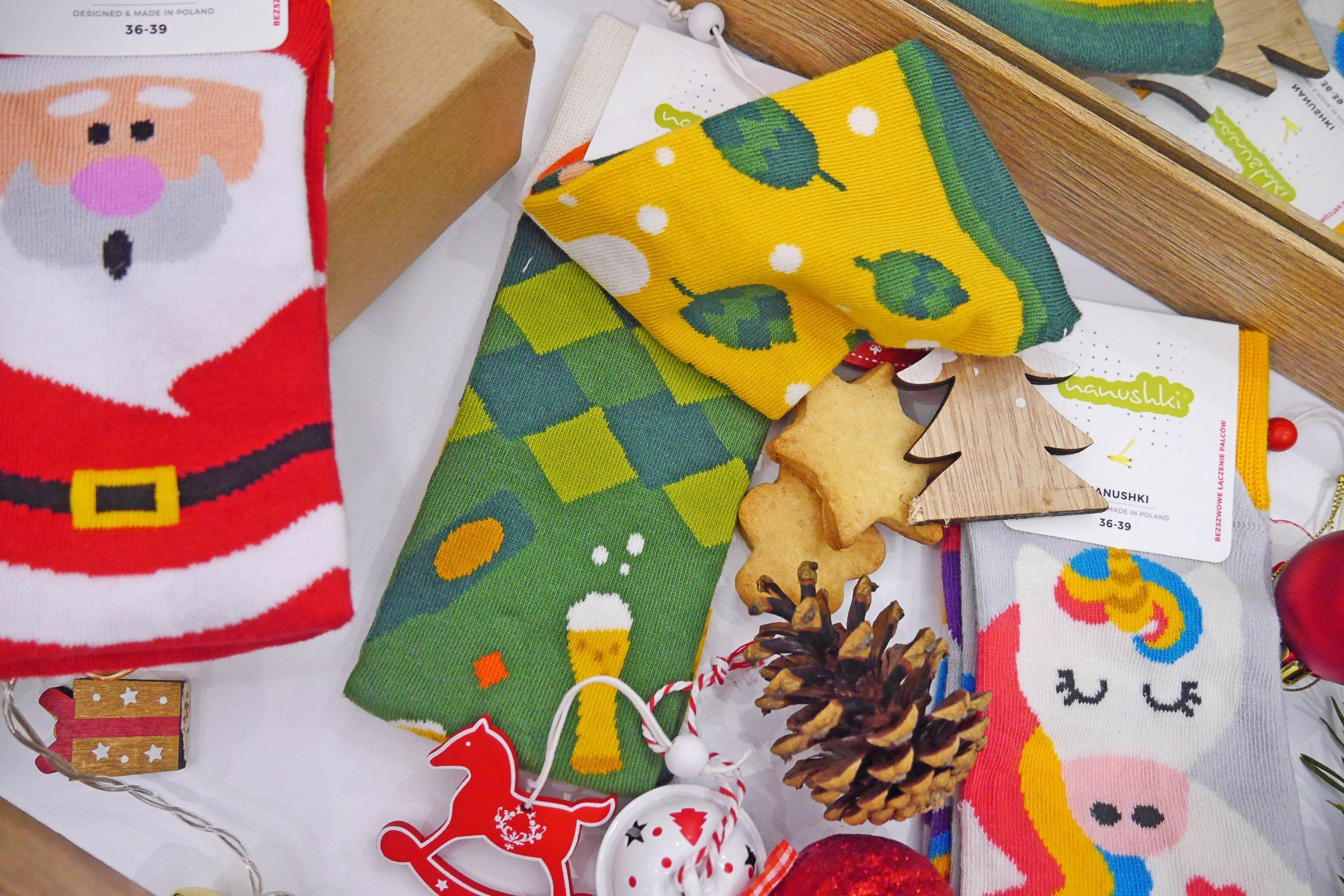 blog modowy blogerka modowa karyn puławy prezenty świąteczne na ostatnią chwile skarpetki z nadrukiem skarpetki nie do pary nanushki