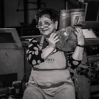 Raquel Klepacz em foto pb