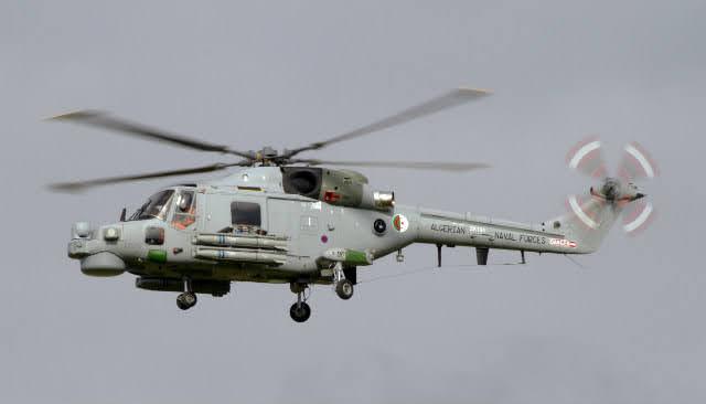 helicópteros de guerra antisubmarinos Superlynx