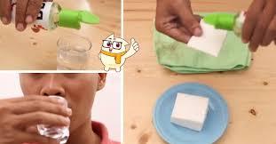 Gak Cuma Buat Ngangetin Badan, Ini 5 Manfaat Tak Terduga Minyak Kayu Putih, Ternyata Berguna Banget Lho!