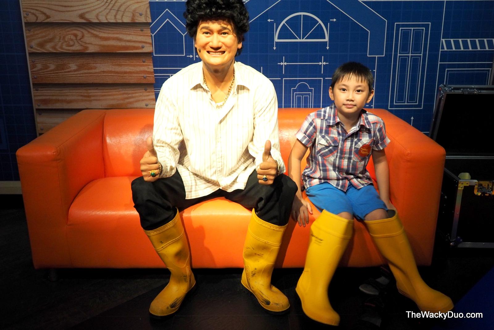 how to go to madame tussauds singapore