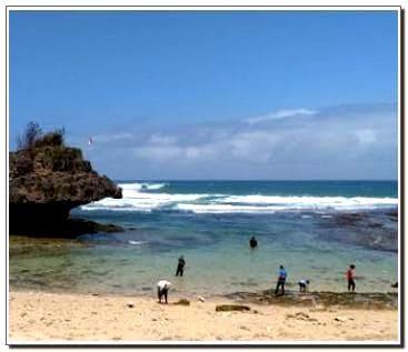 Gambar Pantai Sadranan