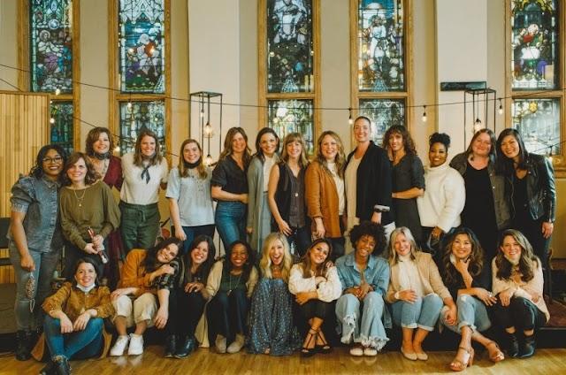 Artistas cristãs se unem para o Projeto Fiel homenageando mulheres na Bíblia