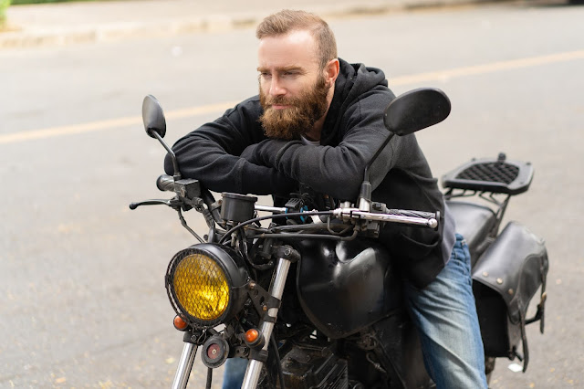 A Good Alternative to Motorcycle Jackets is Motorcycle Hoodies with Armor