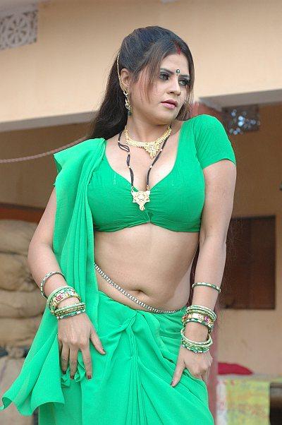 bhojpuri actress sapna - photo #17
