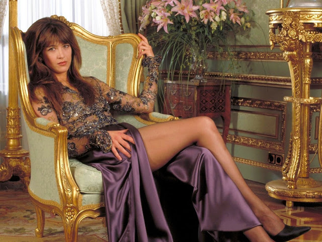 French Actress Sophie Marceau Hot Pictures Collection Navel Queens