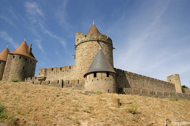 Cinta muraria e torrette della cittadella fortificata