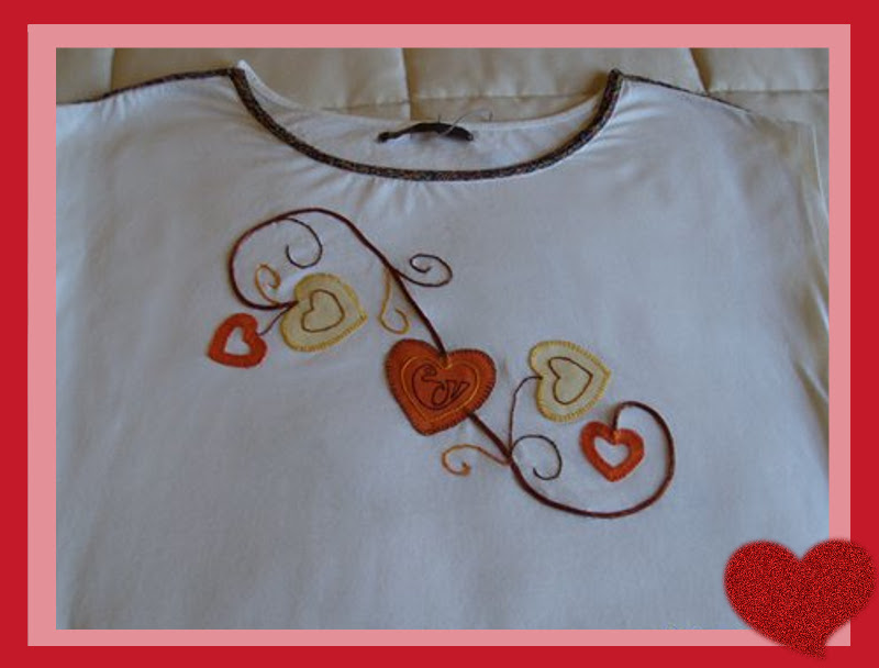 Camiseta con apliques