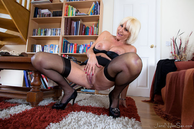 busty milf in nylon stockings and high heels