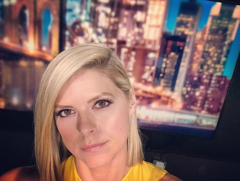 Kate Bolduan Social Media Clicks | Celebrity Photos Daily