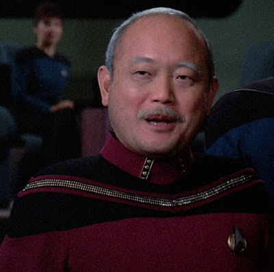 TNG season 2 admiral uniform - yoke trim