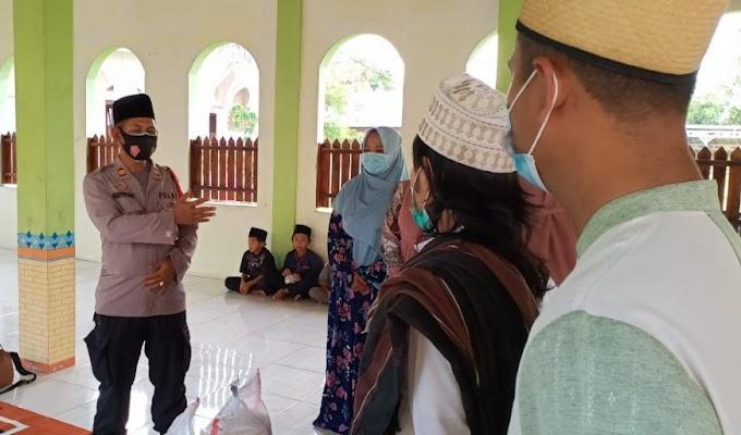 Saba Pesantren, Kapolsek Cisoka Bersama Bhayangkari berikan Sembako dan Takjil
