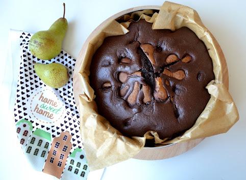 Proste ciasto czekoladowe z gruszkami (ekspresowe!)