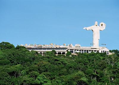 Cristo Luz, em Balneário Camboriú