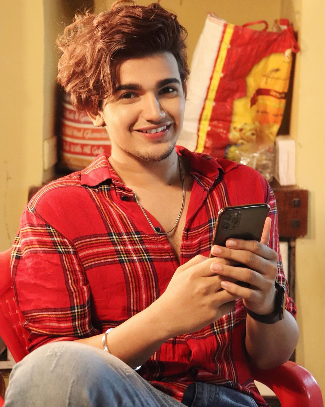 vishal pandey pic download, vishal pandey wallpaper download, vishal pandey childhood photos, vishal pandey ki photos