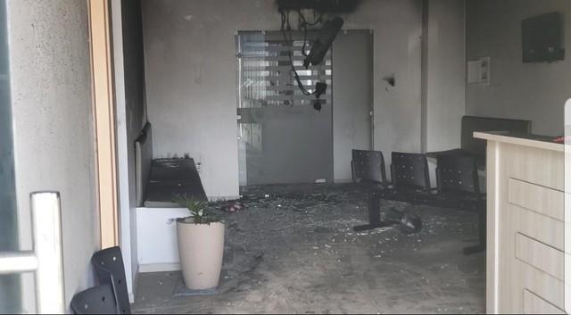 Incêndio atinge clínica médica e pessoas são atendidas após inalarem fumaça em Mossoró, RN