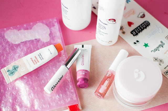 glossier review, glossier brand review, glossier worth the hype, glossier products, glossier non sponsored