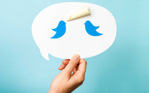 How to Retweet a Tweet With Comment, Photo, Video