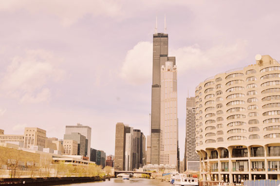 2 days in Chicago itinerary: view of Willits Tower from Chicago Architecture Foundation River Cruise