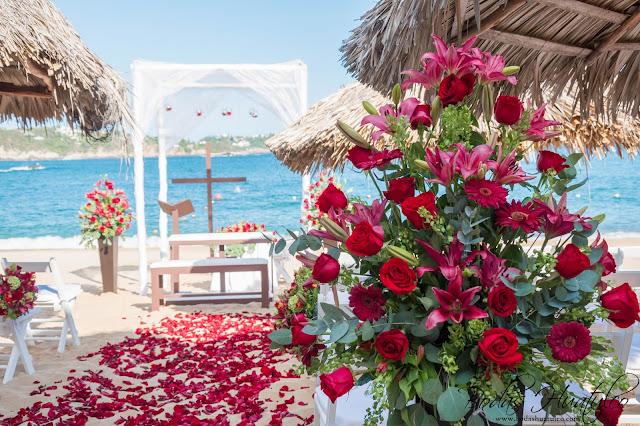 Boda en playa, decoraciones para la ceremonia de tu boda, Bodas Huatulco, Beach Wedding.