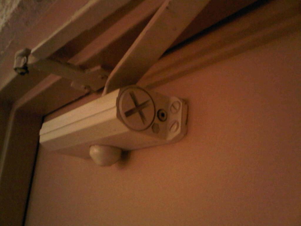 Old Norton Door Closer Adjustment