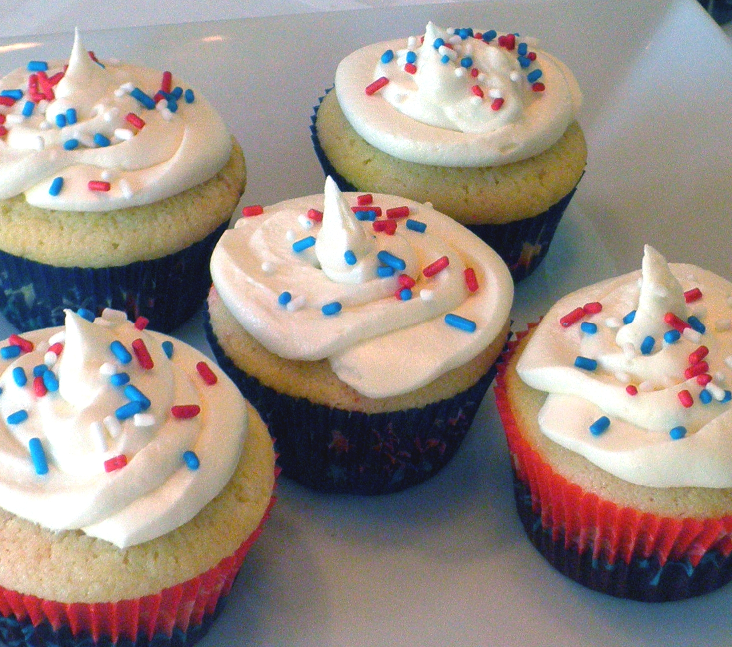 Everything Beautiful In Its Time: Fourth Of July Cupcakes