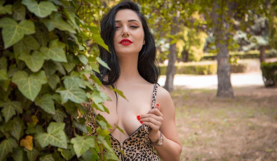 KarinaWeavey Model GlamourCams