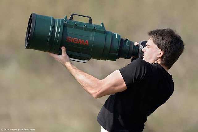 Crazy Photographers with Sigma lense
