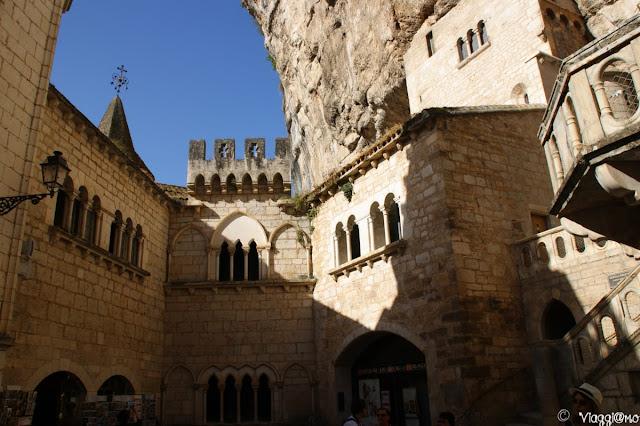 Il Sagrato dei Santuari un colpo d'occhio incredibile sui santuari di Rocamadour