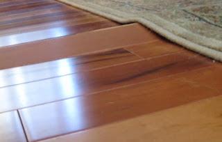 sàn bị mục lát, co ngót phồng
