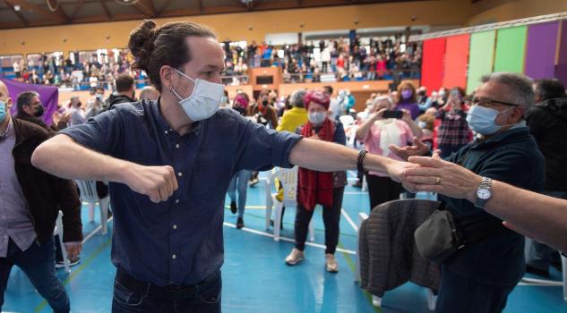 """Iglesias señala a la Casa Real por """"no condenar"""" las amenazas de muerte"""