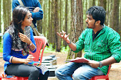 Vanavillu Movie Stills-thumbnail-4