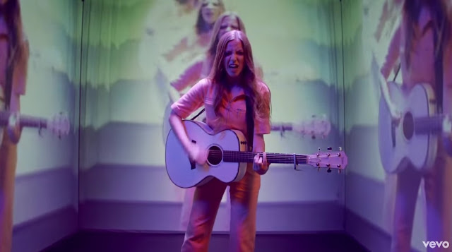 Jade Bird shares Kate Moross directed video for new single 'Uh Huh'
